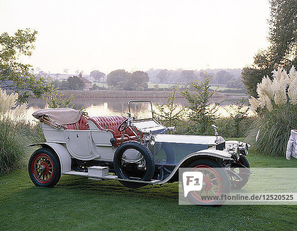 1909 Rolls-Royce Silver Ghost. Artist: Unknown