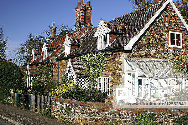 Cottages in the village of Castle Rising  Kings Lynn  Norfolk  2005