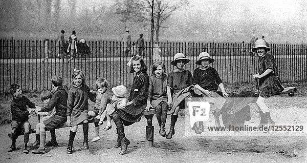 Children in a park  London  1926-1927. Artist: Unknown