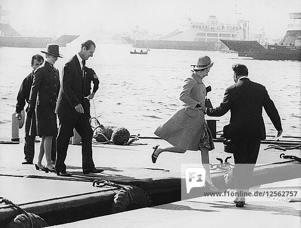 The Queen  Prince Philip and Princess Anne arrving at Dolmabahce  Turkey  1971. Artist: Unknown