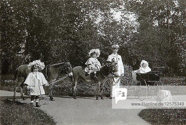 Grand Duchesses Olga  Tatiana  and Maria of Russia  Tsarskoye Selo  Russia  c1899-c1900. Artist: K von Hahn