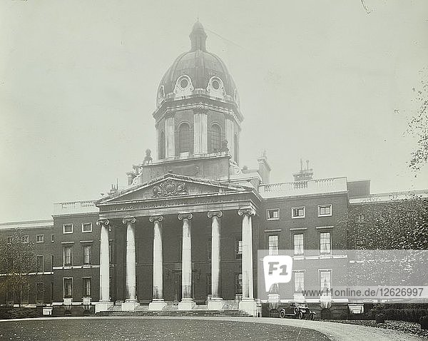 The main front of Bethlem Royal Hospital  London  1926. Artist: Unknown.