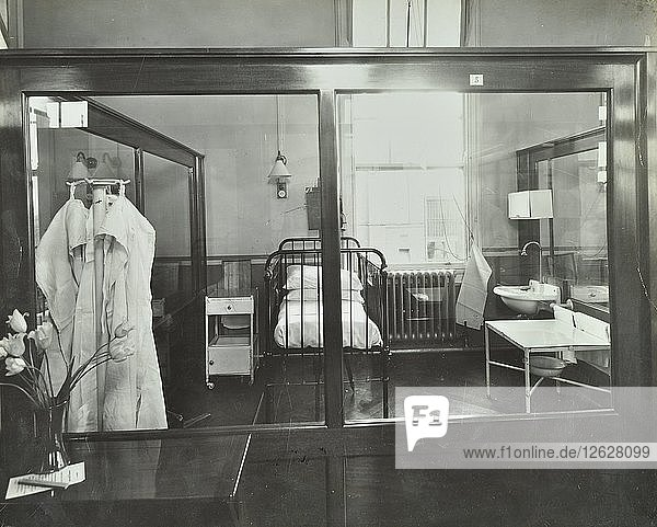 An isolation chamber  Brook General Hospital  London  1935. Artist: Unknown.
