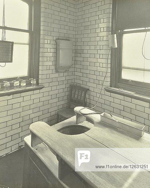 Douche table  Thavies Inn Hospital  London  1930. Artist: Unknown.