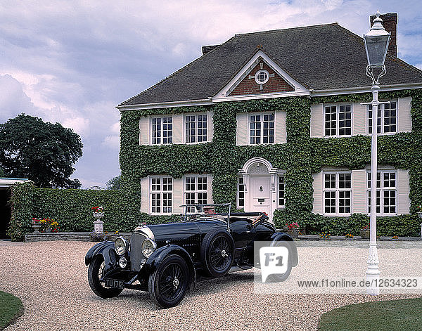 1926 Bentley 3.5 litre Vanden Plas. Artist: Unknown.