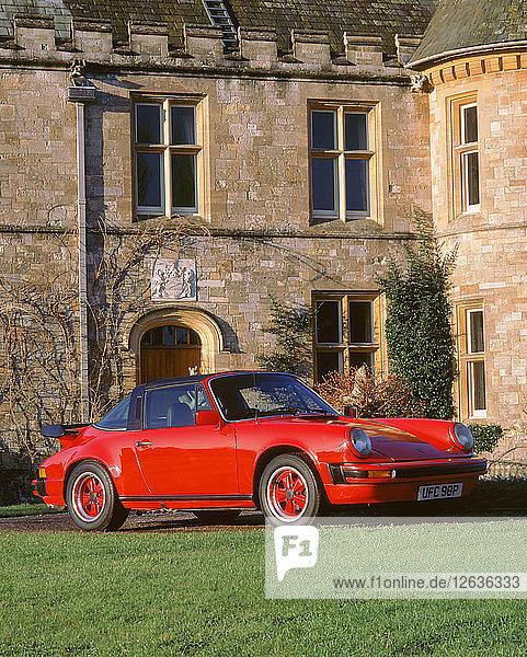 1976 Porsche 911 3.0 Carrera. Artist: Unknown.
