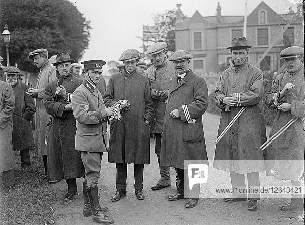 At the RAC TT race  Isle of Man  10 June 1914. Artist: Bill Brunell.