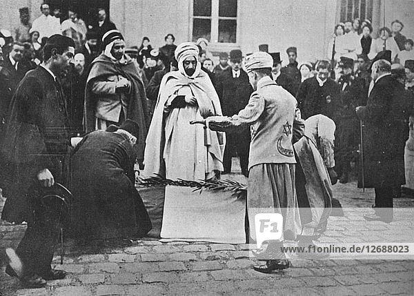 An unusual sight in Paris  1914. Artist: Unknown.