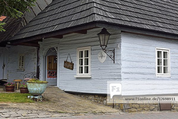 Wooden house in the village of Lanckorona  renowned for its well preserved 19th century wooden houses  Malopolska Province (Lesser Poland)  Poland  Central Europe.