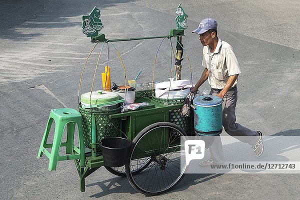 Street vendors at Sunda Kelapa port in Jakarta  Indonesia