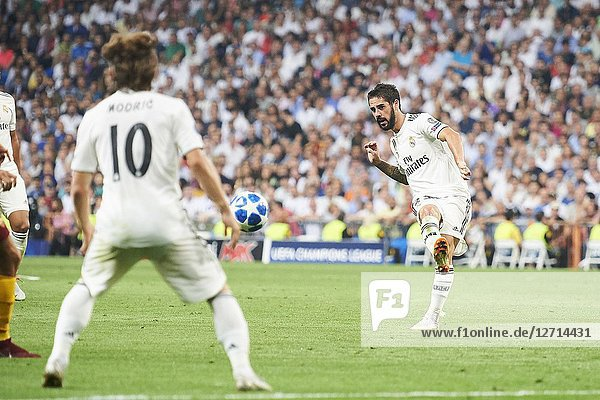 Isco (midfielder  Real Madrid) in action during the UEFA Champions League match between Real Madrid and AS Roma at Santiago Bernabeu on September 19  2018 in Madrid  Spain