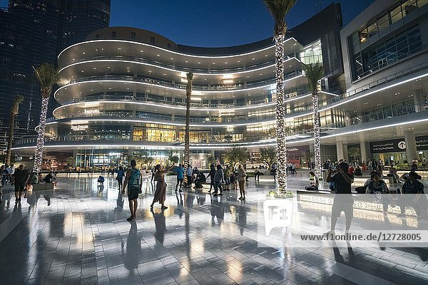 Exterior of new extension to the Dubai Mall  the Fashion Avenue   housing restaurants and high-end shops and shopping with luxury brands  in Dubai  United Arab Emirates.