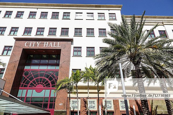 Florida  West Palm Beach  City Hall  front entrance