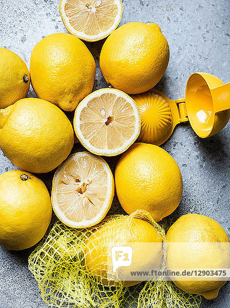Lemons in grid with squeezer