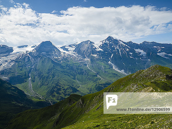 Austria  Hohe Tauern  Grossglockner High Alpine Road  view on Grossglockner