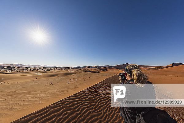 Africa  Namibia  Namib desert  Naukluft National Park  female photograper