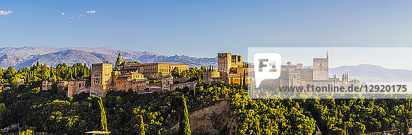 Panoramic view of Alhambra  UNESCO World Heritage Site  and Sierra Nevada mountains  Granada  Andalucia  Spain  Europe