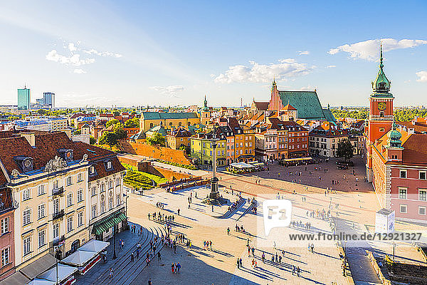 Elevated view of Sigismund's Column and Royal Castle in Plac Zamkowy (Castle Square)  Old Town  UNESCO World Heritage Site  Warsaw  Poland