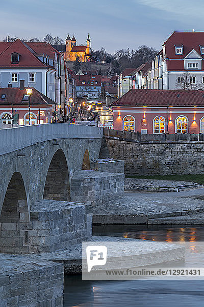 View from the Stone Bridge to the quarter Stadtamhof  Regensburg  UNESCO World Heritage Site  Bavaria  Germany