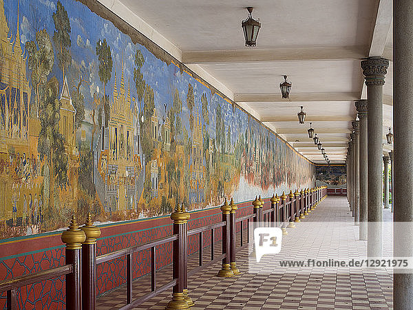 Murals in the royal palace complex depicting scenes from the Ramayana  Phnom Penh  Cambodia  Indochina  Southeast Asia  Asia