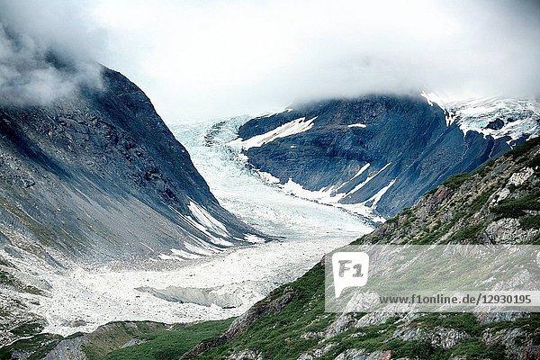 Alaska snow mountain