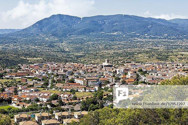 Cebreros village and Guisandos peak in the Sierra de Gredos on the background. Avila. Spain
