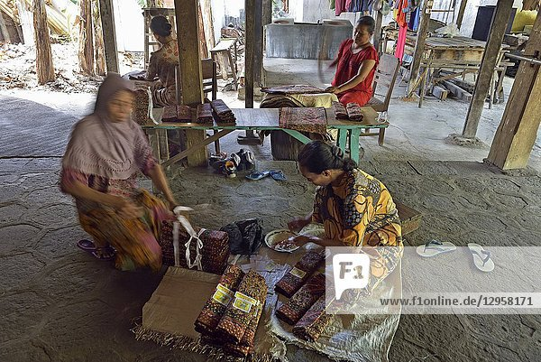 Nyah Kiok batik house  craft production by seven women for over 30 years  Lasem  Java island  Indonesia  Southeast Asia.