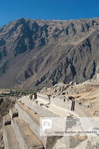 The fortress of Ollantaytambo marks the end of them in the Sacred Valley of the Inca trail then leads to Machu Picchu  but the inca trail tour to the archaeological site most famous of the continent don't follows the ancient route. Peru.