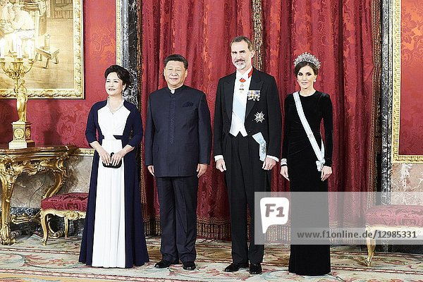 King Felipe VI of Spain  Queen Letizia of Spain  Chinese president Xi Jinping  Peng Liyuan attends a gala Dinner honouring Chinese President at the Royal Palaceon November 28  2018 in Madrid  Spain