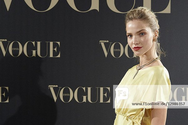 Sasha Luss attends Vogue joyas awards photocall at Madrid at Palacio de Santoña on November 29  2018 in Madrid  Spain