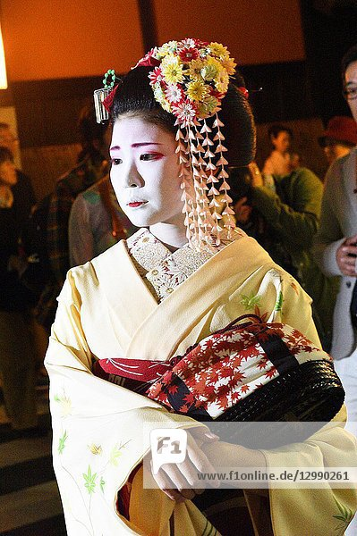 Geisha walking in the streets of Gion  Kyoto  Japan  Asia.