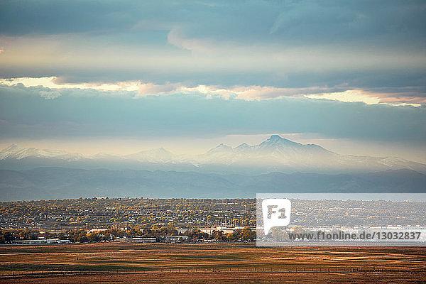 Landschaft  Longs Peak  Stadtlandschaft  Rocky Mountains  Denver  Colorado  USA