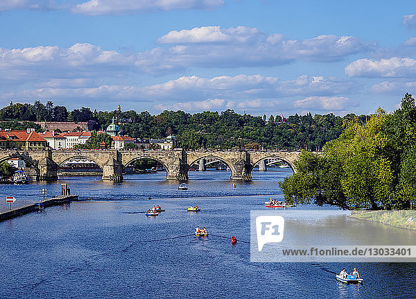 Charles Bridge and Vltava River  Prague  UNESCO World Heritage Site  Bohemia Region  Czech Republic