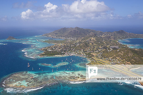 Aerial view of Union Island  The Grenadines  St. Vincent and The Grenadines  West Indies  Caribbean