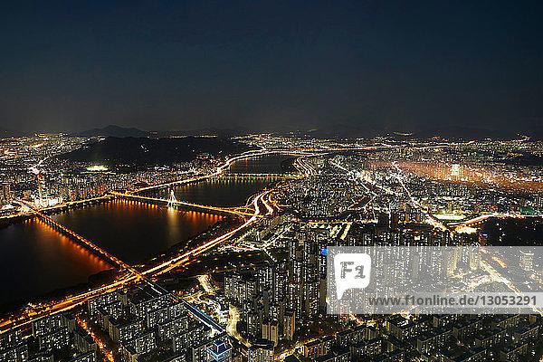 Cityscape at dusk  Seoul  South Korea