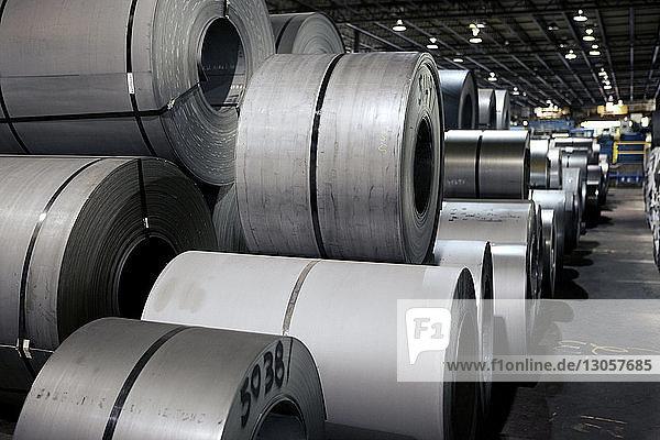 Rollen von Metallblechen in der Industrie