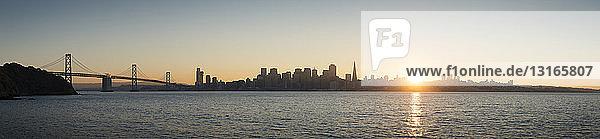 Panoramablick auf die Golden Gate Bridge  San Francisco  Kalifornien  USA