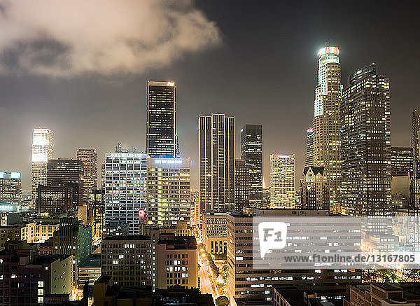 Los Angeles skyscrapers lit up at night