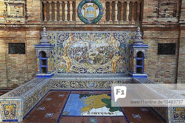 Mosaikbild der Provinz Pontevedro aus Azulejo-Fliesen  Plaza de España  Sevilla  Andalusien  Spanien  Europa