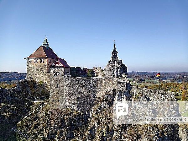 Burg Hohenstein  Drohnenaufnahme  Fränkischen Alb  Hersbrucker Alb  Mittelfranken  Franken  Bayern  Deutschland  Europa