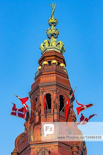Die Spitze des Christiansborg Palastes  Dänisches Parlament  Folketinget  Kopenhagen  Dänemark  Europa