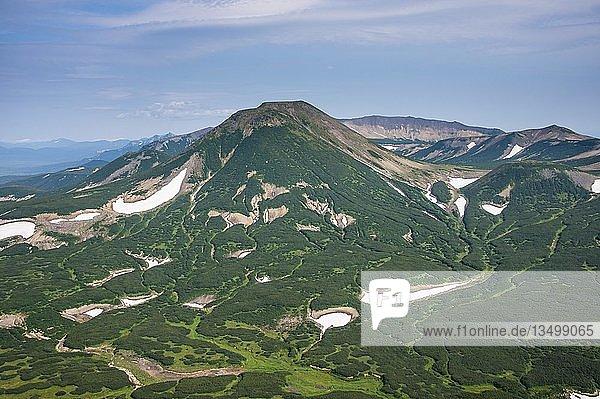 Luftaufnahme  Ilyinsky-Vulkan  Kamchatka  Russland  Europa