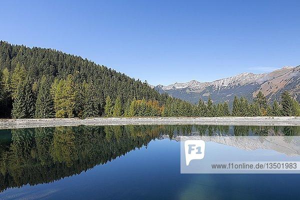 Wasserspeicher für die Beschneiung der Skipisten am Grubigstein  Lermoos  Tirol  Österreich  Europa