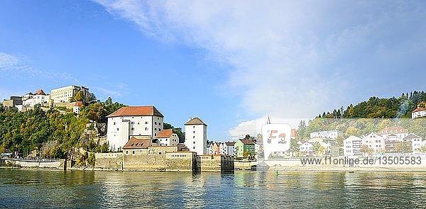 Burg Veste Oberhaus und Niederhaus und Ilzstadt  Donau  Passau  Niederbayern  Bayern