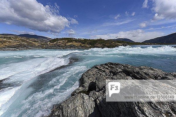 Stromschnellen des Rio Baker  zwischen Puerto Guadal und Cochrane  Región de Aysén  Patagonien  Chile  Südamerika