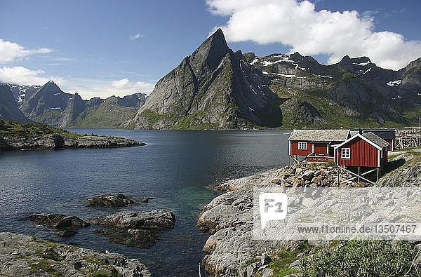 Holzhaus  Hamnoy  Lofoten  Norwegen  Skandinavien  Europa