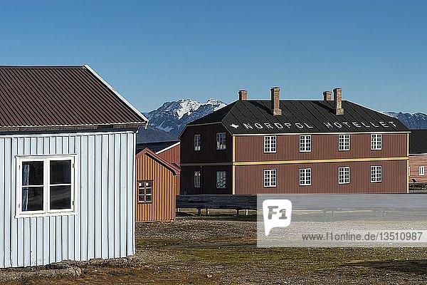 Nordpol-Hotel  Forschungssiedlung Ny-Ålesund  Insel Spitzbergen  Inselgruppe Spitzbergen  Svalbard und Jan Mayen  Norwegen  Europa