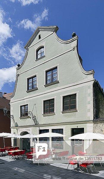 Historisches Bürgerhaus  Theaterplatz  Memmingen  Schwaben  Bayern  Deutschland  Europa