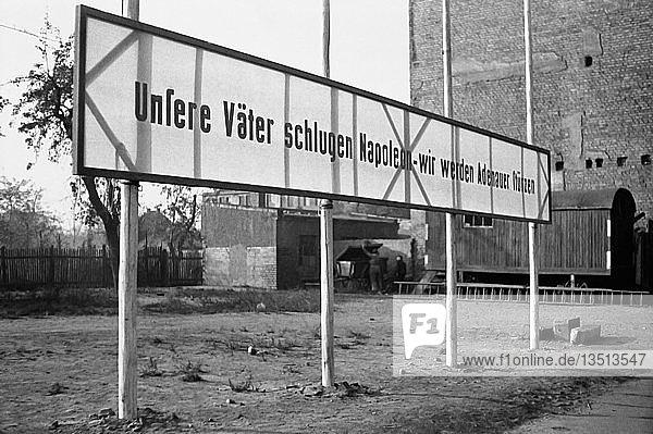 Propaganda  Unsere Väter schlugen Napoleon  wir werden Adenauer besiegen  1960  Leipzig  Sachsen  DDR  Deutschland  Europa