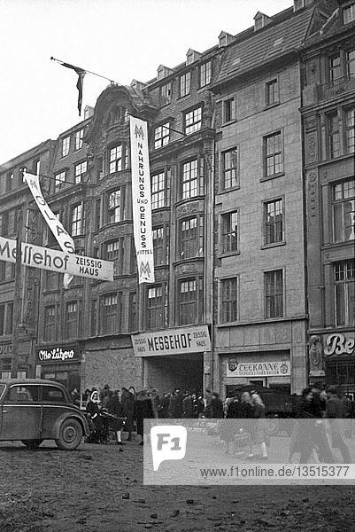 Leipziger Messe  Umbau des Zeissighauses zum Messehof  1950  Neumarkt  Leipzig  Sachsen  DDR  Deutschland  Europa